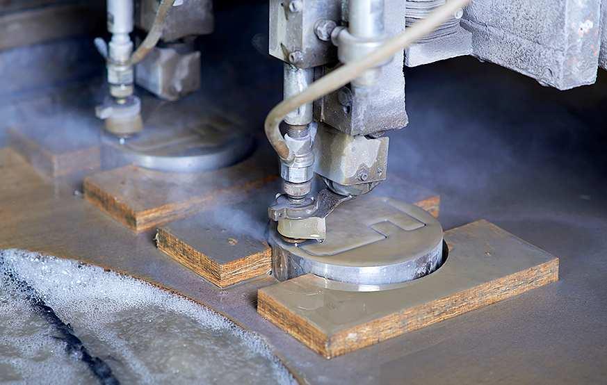 2D Wasserstrahlschneiden - Firma Waterjet AG