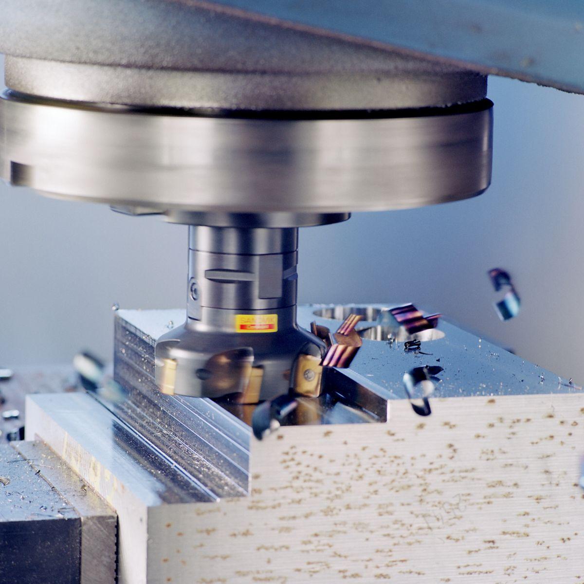 Fräsen bei der Firma SIMON Teilebearbeitung GbR