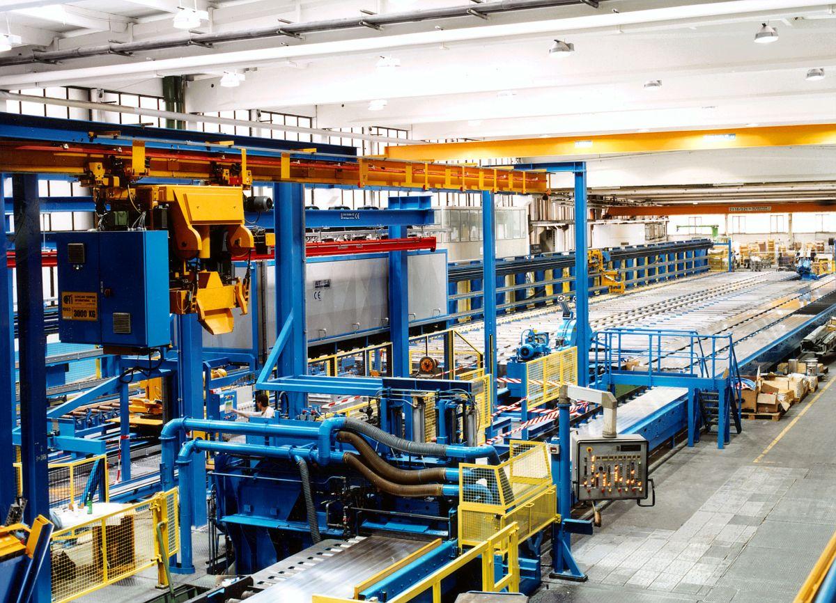 Strangpressanlage der Firma HUECK Extrusion GmbH & Co. KG